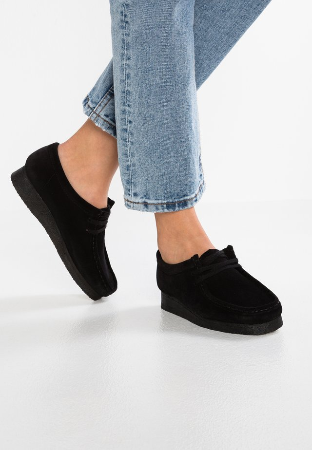 WALLABEE - Mokassin - black