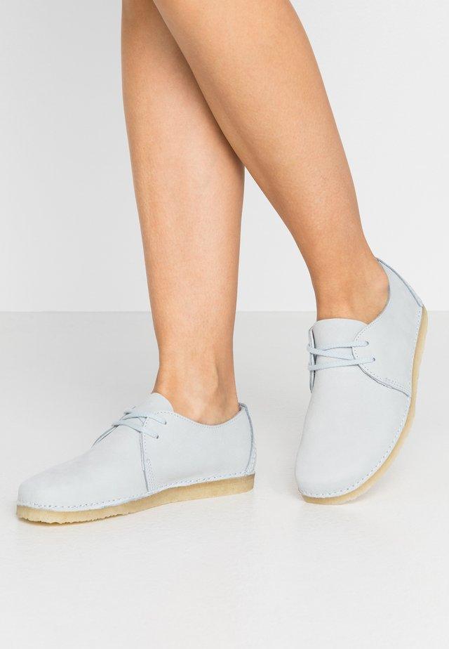 ASHTON - Volnočasové šněrovací boty - light blue