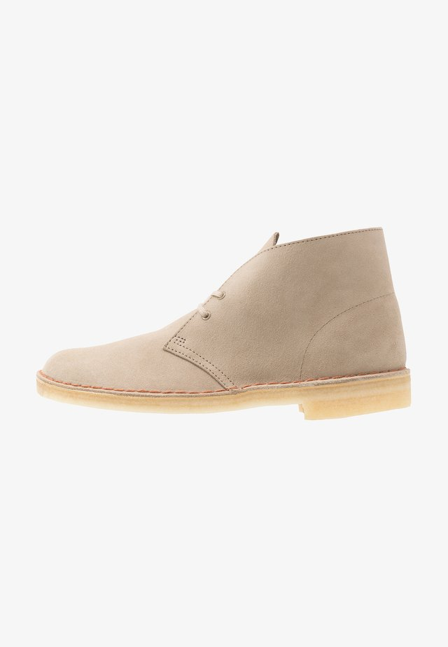 DESERT - Zapatos con cordones - sand
