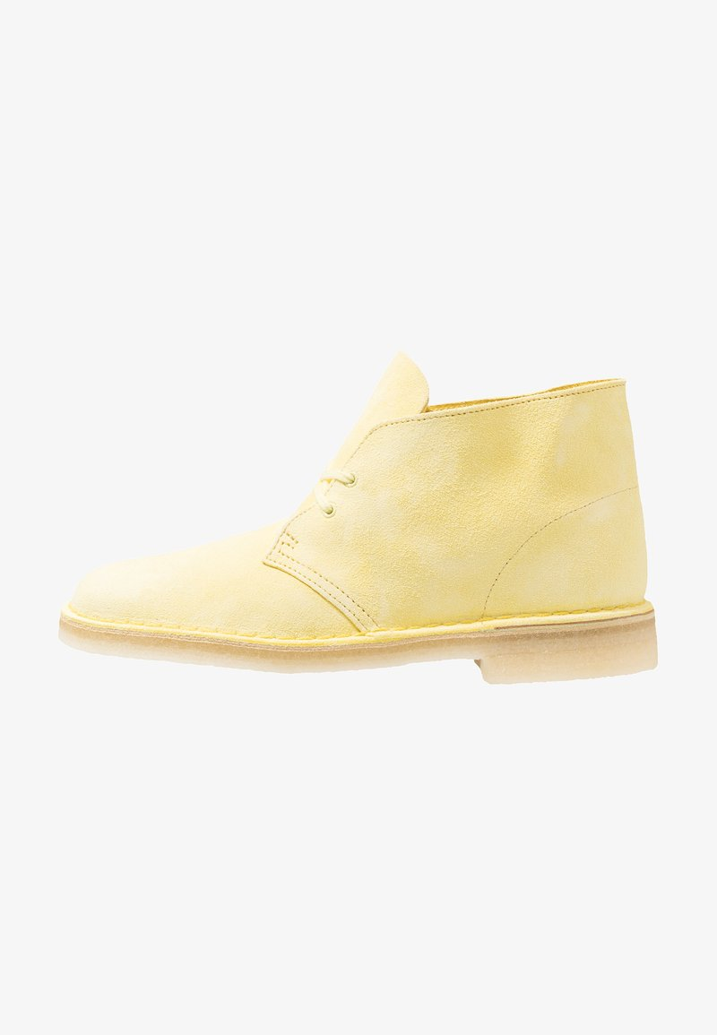 Clarks Originals - DESERT - Casual lace-ups - pale yellow