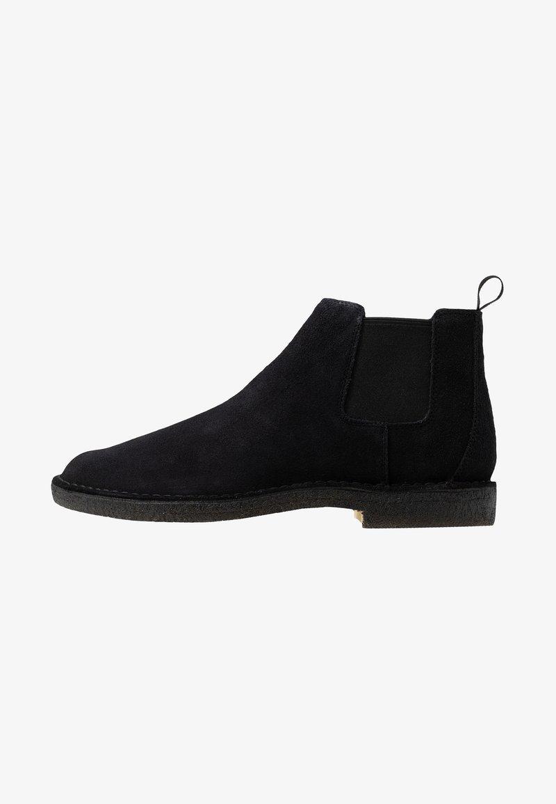 Clarks Originals - DESERT CHELSEA - Classic ankle boots - black