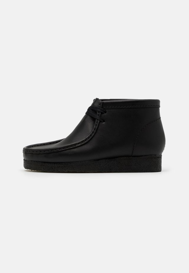 WALLABEE - Chaussures à lacets - black