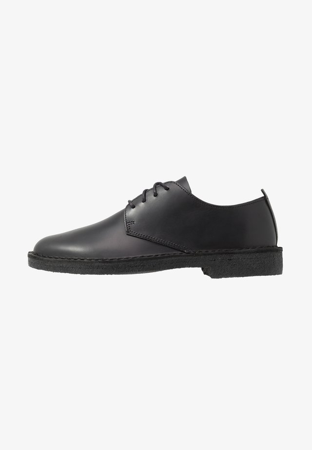 DESERT LONDON - Derbies - black