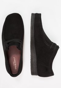 Clarks Originals - WALLABEE - Casual lace-ups - black - 1
