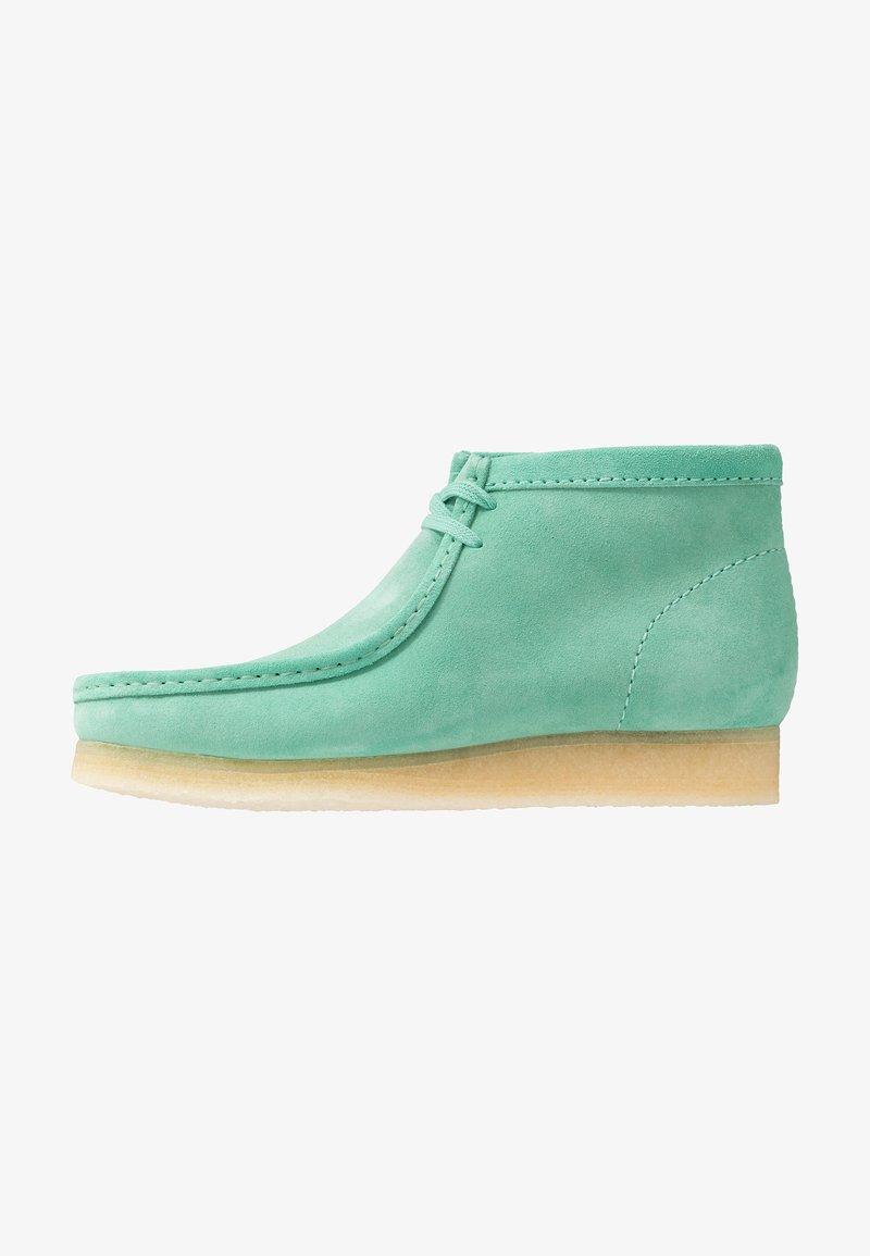 Clarks Originals - WALLABEE - Zapatos con cordones - spearmint