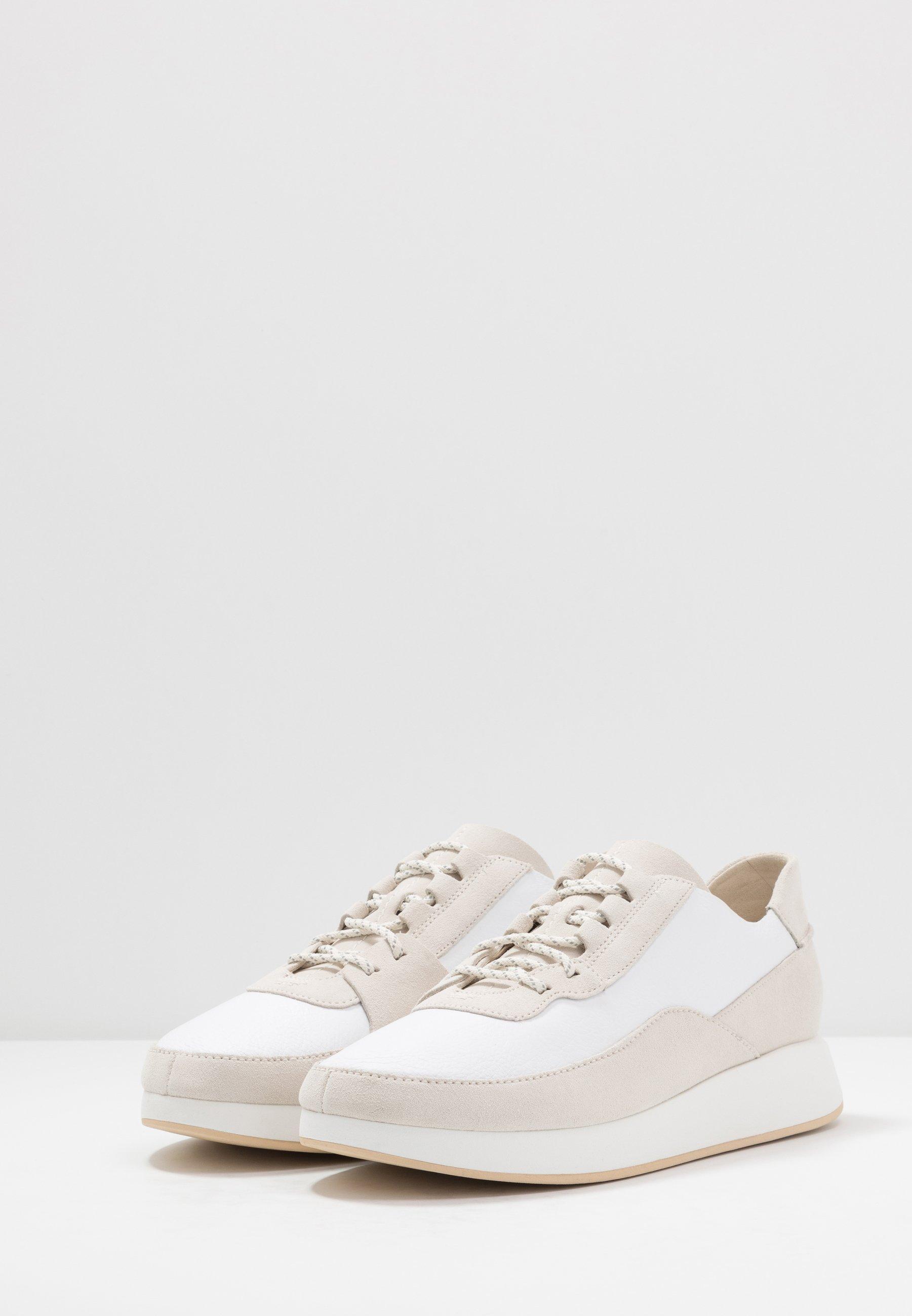 Clarks Originals KIOWA PACE - Sneakers - white