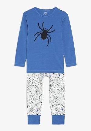 Pyjama set - blue/white