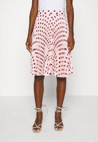 Closet - MINI PLEATED SKIRT - Áčková sukně - ivory - 0