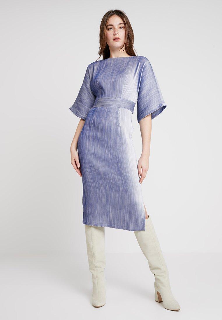 Closet - KIMONO SIDE SLIT MIDI DRESS - Robe d'été - blue