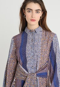 Closet - CLOSET FRONT TIE DRESS - Maxi dress - navy - 3