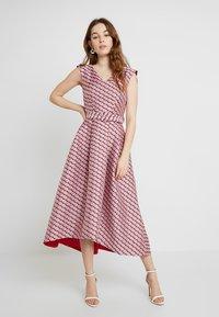 Closet - HI-LO DRESS - Cocktailkjoler / festkjoler - pink - 0