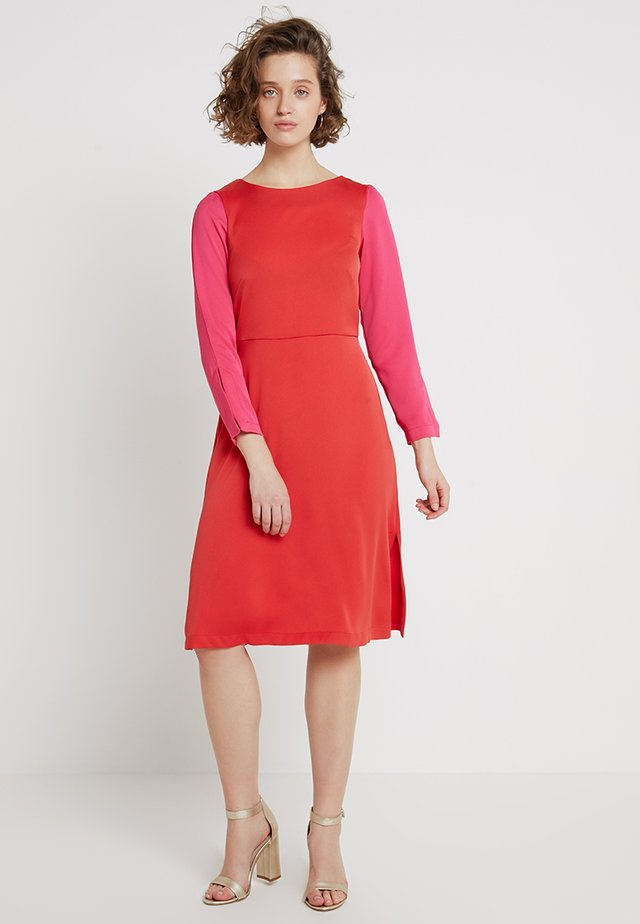 A-LINE SPLIT SLEEVE DRESS - Day dress - coral