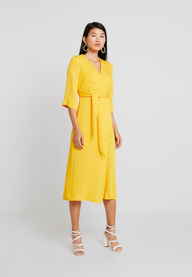 LONDON WRAPFRONT MIDI - Maxi šaty - yellow