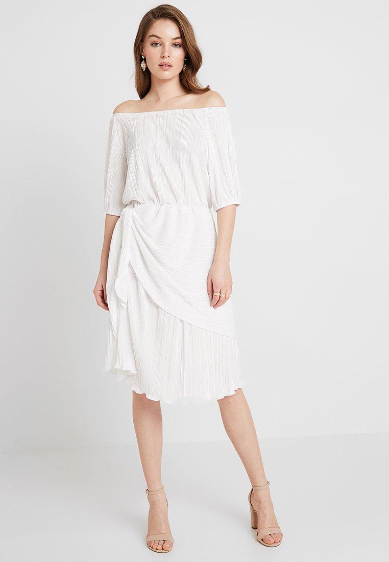 Closet - Vestido de cóctel - ivory