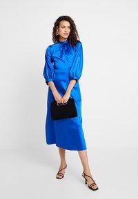 Closet - GATHERED NECK A-LINE DRESS - Galajurk - blue - 1