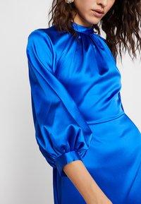 Closet - GATHERED NECK A-LINE DRESS - Galajurk - blue - 6