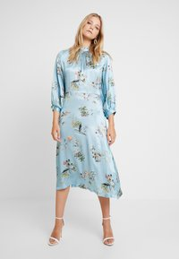 Closet - CLOSET GATHERED NECK A-LINE DRESS - Juhlamekko - blue - 0