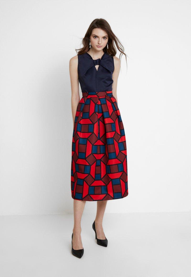 Closet - 2 IN 1 FULL SKIRT DRESS - Day dress - red