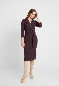 Closet - CLOSET 3/4 SLEEVE PENCIL DRESS - Robe d'été - maroon - 2