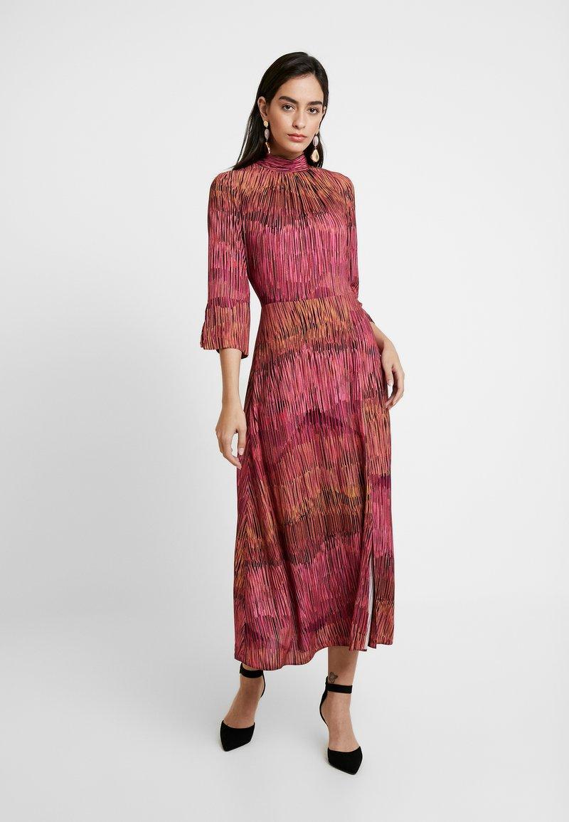 Closet - HIGH NECK FRONT SLIT DRESS - Day dress - fuschia