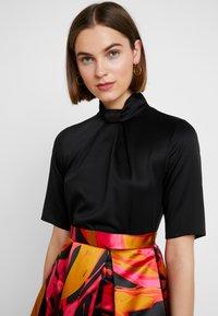 Closet - COLLAR FULL SKIRT DRESS - Cocktailkleid/festliches Kleid - red - 4