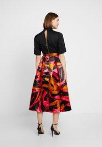 Closet - COLLAR FULL SKIRT DRESS - Cocktailkleid/festliches Kleid - red - 3