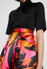 Closet - COLLAR FULL SKIRT DRESS - Cocktailkleid/festliches Kleid - red - 6
