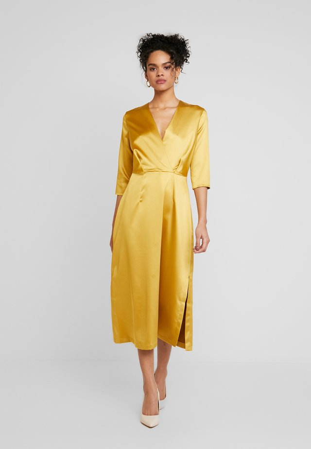 3/4 SLEEVE WRAP DRESS - Day dress - mustard