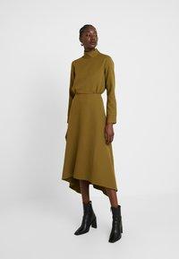 Closet - HIGH NECK A LINE DRESS - Maxi dress - lime - 0