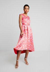 Closet - HI-LO PLEATED DRESS - Robe de soirée - lilac - 2