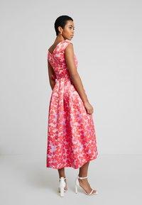 Closet - HI-LO PLEATED DRESS - Robe de soirée - lilac - 3