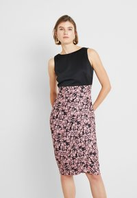 Closet - PLEATED PENCIL DRESS - Robe fourreau - pink - 0