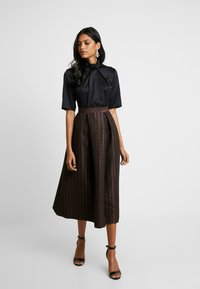 Closet - COLLAR FULL SKIRT DRESS - Robe de soirée - rose gold - 2