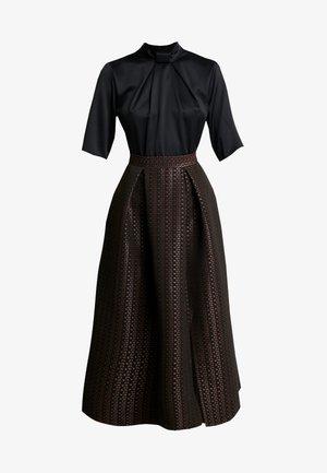 COLLAR FULL SKIRT DRESS - Robe de soirée - rose gold