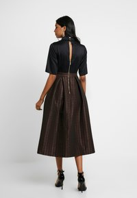 Closet - COLLAR FULL SKIRT DRESS - Robe de soirée - rose gold