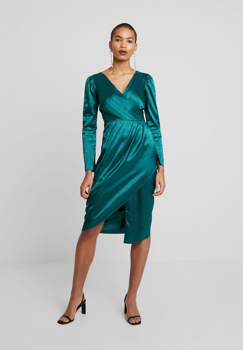 Closet - DRAPE SKIRT WRAP DRESS - Day dress - green