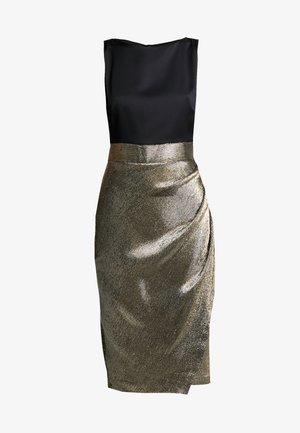 PLEATED PENCIL DRESS - Kjole - gold
