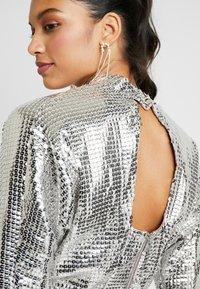 Closet - KIMONO SLEEVE DRESS - Vestito elegante - silver - 4