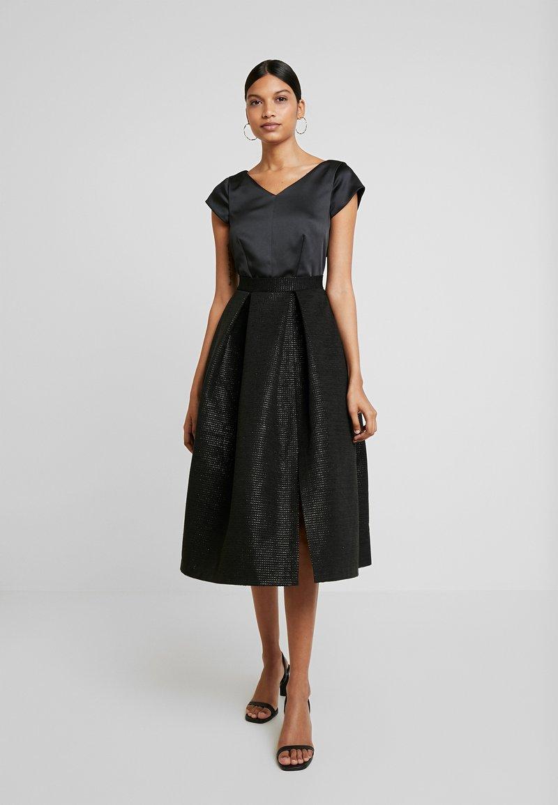 Closet - CLOSET GOLD FULL SKIRT V NECK DRESS - Cocktailjurk - black