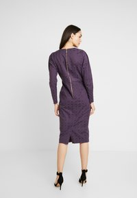 Closet - PUFF SLEEVE PENCIL DRESS - Pouzdrové šaty - purple - 3