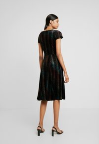 Closet - SKATER DRESS - Sukienka koktajlowa - black - 3