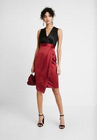Closet - Vestito elegante - black red - 2