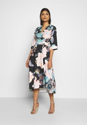 CLOSET HIGH LOW WRAP DRESS - Robe d'été - duck egg