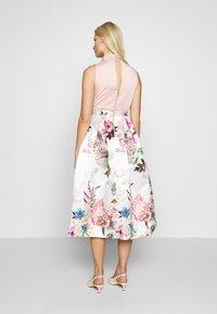 Closet - FULL SKIRT DRESS - Robe de soirée - peach - 2