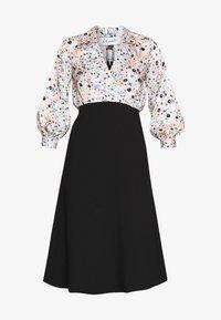 Closet - COLLARED PENCIL DRESS - Denní šaty - peach - 3