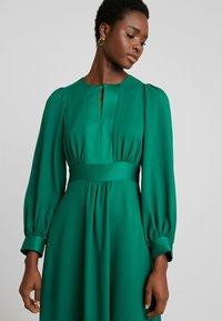 Closet - CLOSET HIGH NECK SKATER DRESS - Korte jurk - green - 3
