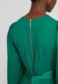 Closet - CLOSET HIGH NECK SKATER DRESS - Korte jurk - green - 4