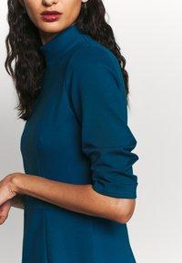 Closet - HIGH COLLAR PENCIL DRESS - Etuikjole - blue - 6