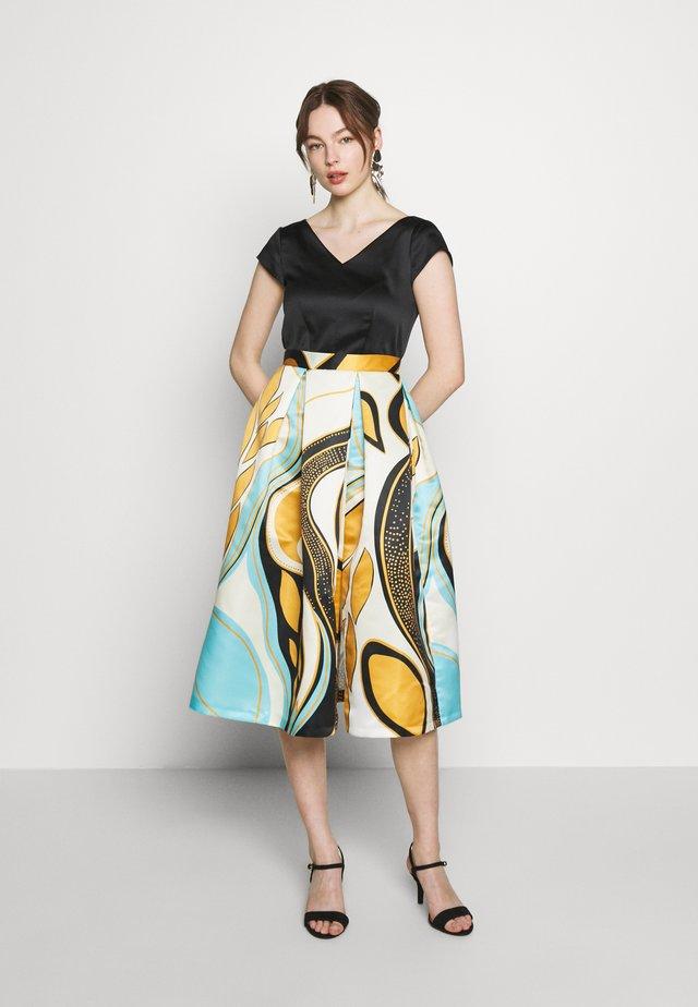CLOSET FULL SKIRT DRESS - Day dress - mustard