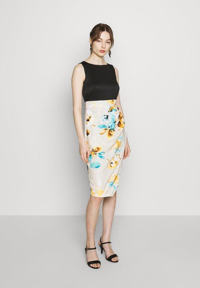 PLEATED PENCIL DRESS - Etui-jurk - beige